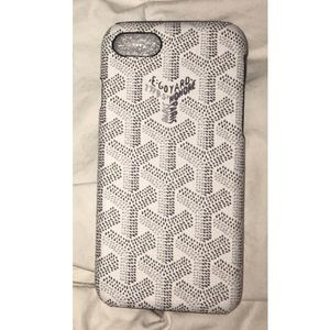 White and gray Goyard iPhone case